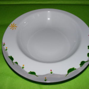 assiette creuse à bords larges porcelaine blanche décor souris vertes