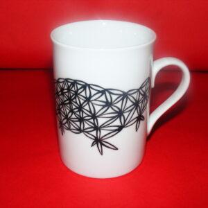 Tasse à thé en porcelaine peinte à la main, décor dentelle noire