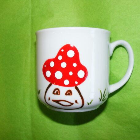 Tasse timbale en porcelaine blanche peinte à la main, décor champignons rigolos