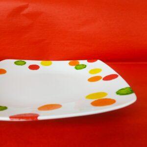 Vue à plat grande assiette plate