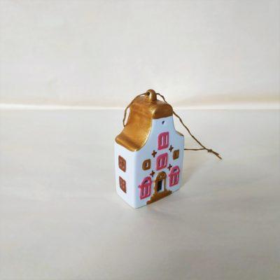 Maisonnette de Noël à suspendre toit arrondi or vermeil