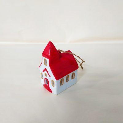 Maisonnette de Noël à suspendre église toit rouge