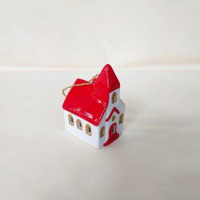 Autre vue maisonnette de Noël à suspendre église toit rouge